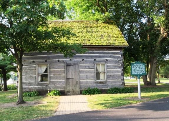 6 Log cabin