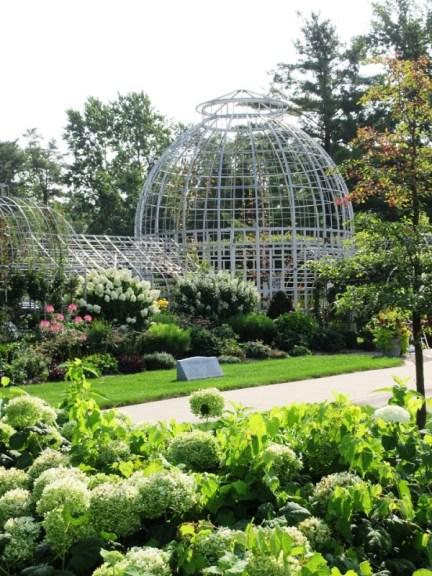 9 Botanical Gardens A