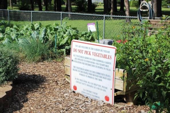 sign at garden.jpg