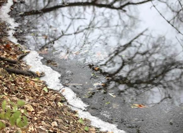 snow outline on creek